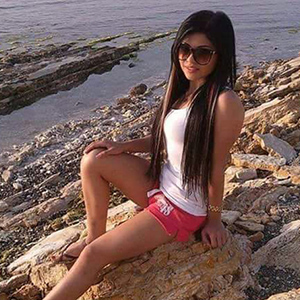 Fiola NRW Escort Models Petite Small Looking For Love Relationship