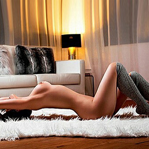 Top Escort Model Ester Visits Different Location In Düsseldorf NRW For Sex