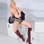 Escort Bochum Stella schlanke Hobbyhure liebt Zungenküsse besucht Paare im Motel Hotel