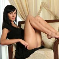 Escort Bonn NRW Amelie zierlich sinnlich liebt Erotische Öl Massagen mit Sex