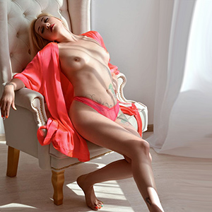 Escort Model Divina NRW Escort-Service Top Call Girls