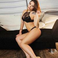 Escort Leverkusen NRW junge Ladie bisexuell zum Stundenhotel bestellen