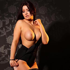 Elegant Lady Is Looking For Spontaneous Meetings