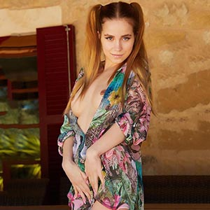 Escort Bochum Darina Housewife Is Looking For Sex Meetings With Couples