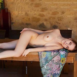 Escort Bochum Darina Hausfrau sucht Sextreffen mit Paaren