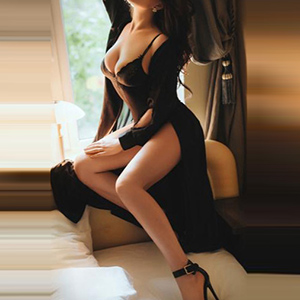 Book Tender Busty Escort Model Gertraute To The Office In NRW Kaarst