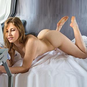 ESCORT KAMEN gefühlsbetonte Promi Escort Fabia bringt dich zum Orgasmus mit Zungenküsse im Stundenhotel