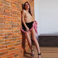 SEX DATE WUPPERTAL kleine Möpse Geliebte Pya zeigt dir intime Bi, Service für Paare im Erotikportal