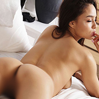 Amateur Mrs. Hilaria at NRW Escort Models offers house service with a special oil massage