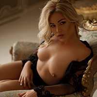 Top hooker Damiana 2 at NRW Escort Agency offers house service with body insemination