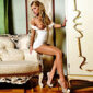 Vip Dame Armani Sommer at the Agency Escort NRW offers intimate leisure time contacts with doctor games