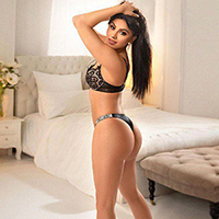 Hobby model Kira Hot at NRW Escort Models is looking for a sex affair for hot bi service for couples